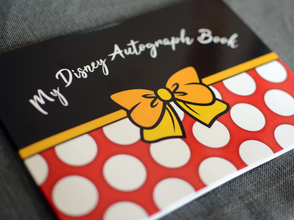 Minnie Mouse Disney Autograph Book